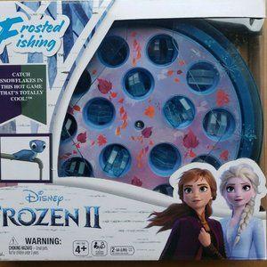 NIB Disney Frozen II Frosted Fishing Game